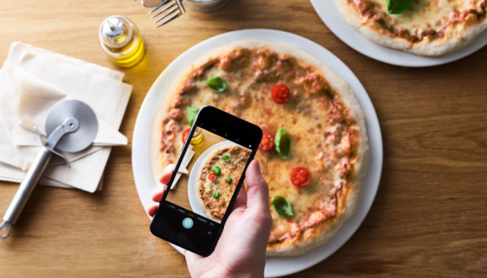 F-DVS® Pure Appeal: New Chr. Hansen culture for pizza reduces degree of browning by up to 100 percent